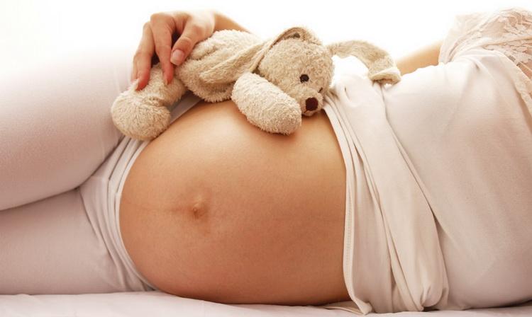 Боли внизу живота при беременности на ранних сроках: почему возникают?