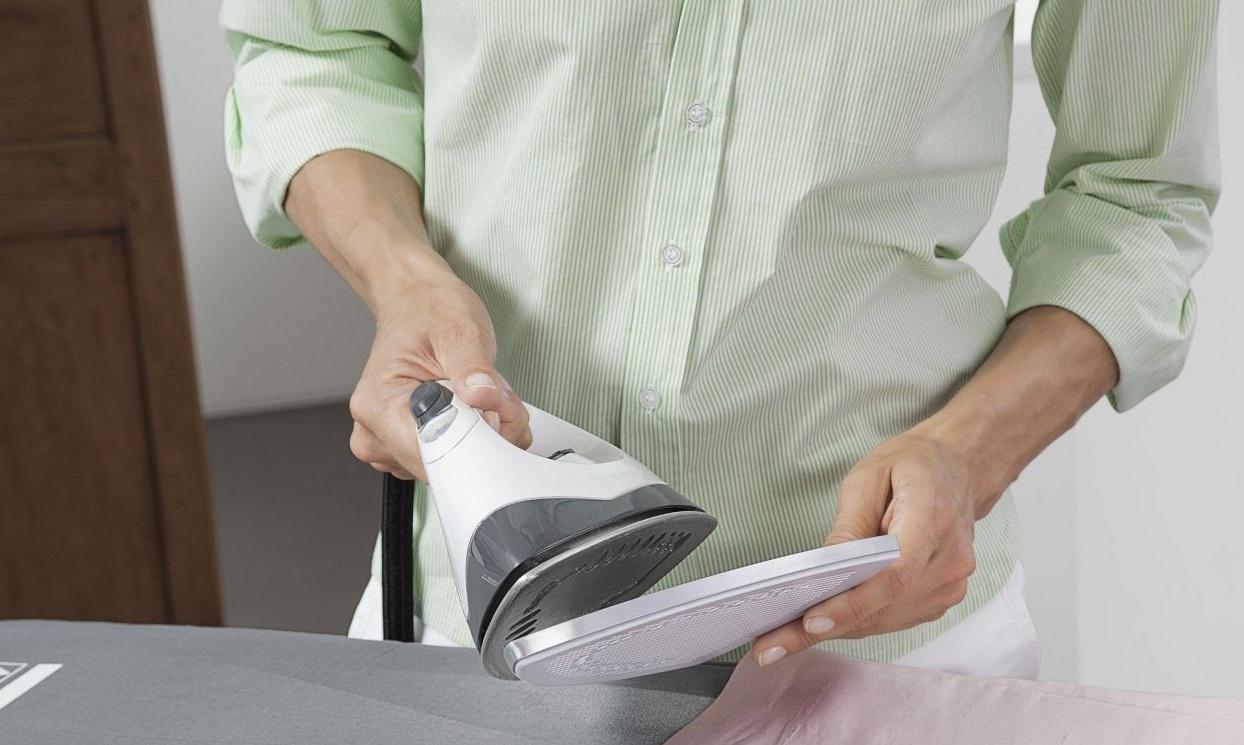 Почистить утюг в домашних условиях зубной 958