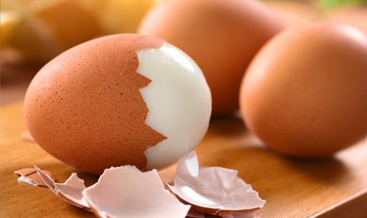 ячмень и вареное яицо