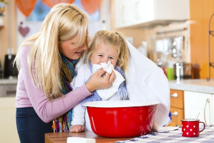 Как вывести мокроту у ребенка: удаляем слизь из бронхов и легких