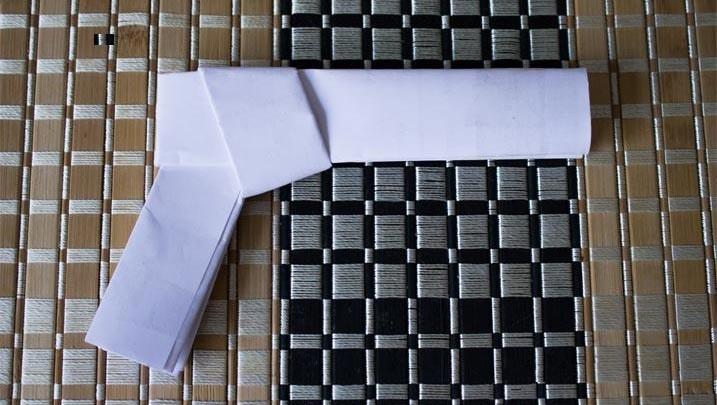 как сделать бумажный пистолет_4