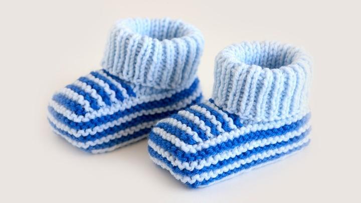 pinetki_dlya_malchika Как связать пинетки для новорожденного спицами? Пошаговые мастер-классы для начинающих