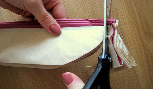 Как сделать шар из гофрированной бумаги 6