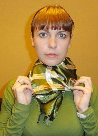 Завязываем платок узлом черепаха 4