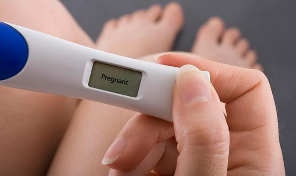 Беременность может быть если идут месячные