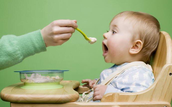 Месячный ребенок икает часто