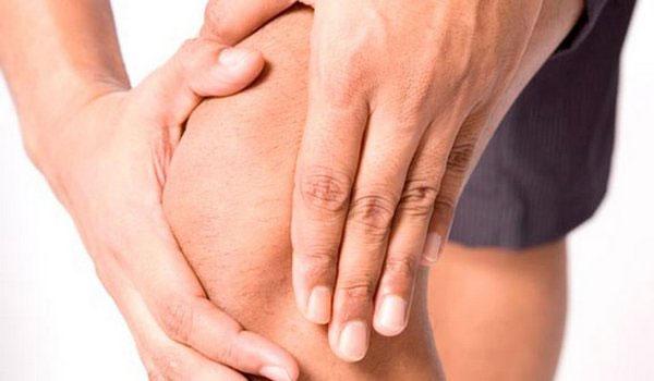 почему болит коленка